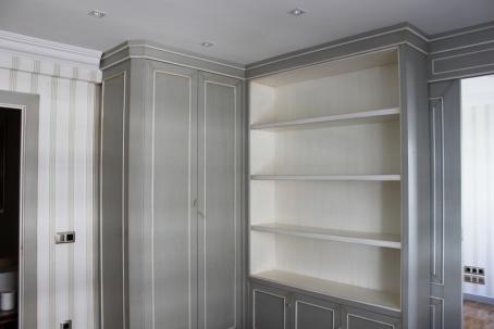 Caprichos de Hogar Decoración muebles a medida Salamanca Madrid España Cabo Verde proyecto despacho libreria escritorio puerta corredera omexco papel (3)