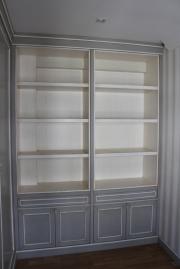 Caprichos de Hogar Decoración muebles a medida Salamanca Madrid España Cabo Verde proyecto despacho libreria escritorio puerta corredera omexco papel pintado