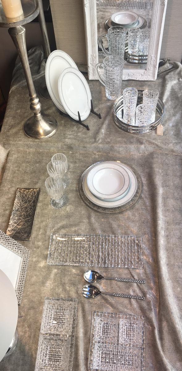 caprichos de hogar Salamanca proyectos decoracion interiorismo cristaleria cuberteria regalos hogar semana santa